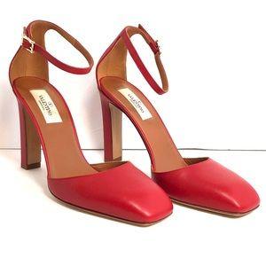👠Valentino Garavani Red D'orsay Heels Size 38.5
